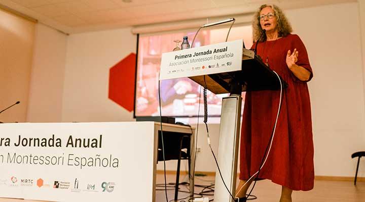 Asociación Montessori española, Lynne Lawrence